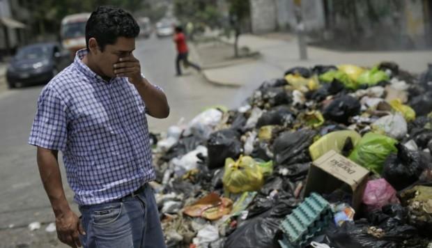 LIMA TIENE 184 PUNTOS CRÍTICOS USADOS COMO BOTADEROS BASURA