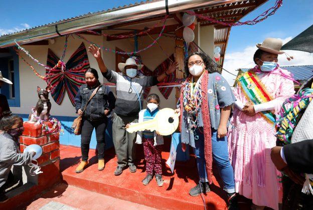 PUNO: ENTREGAN VIVIENDAS BIOCLIMÁTICAS PARA CENTROS POBLADOS AFECTADOS POR HELADAS