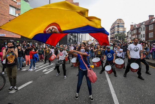 ONU INSISTE A GOBIERNO COLOMBIANO EN QUE DEBE GARANTIZAR LA PROTESTA PACÍFICA