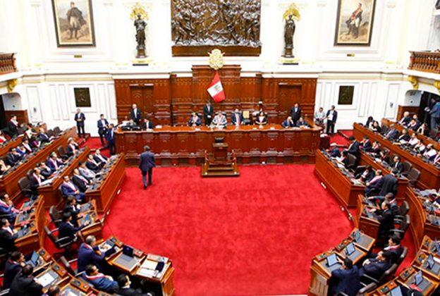 SUBCOMISIÓN DECLARA PROCEDENTE DENUNCIA CONSTITUCIONAL CONTRA MINISTRO ELICE Y EXMINISTRO VARGAS