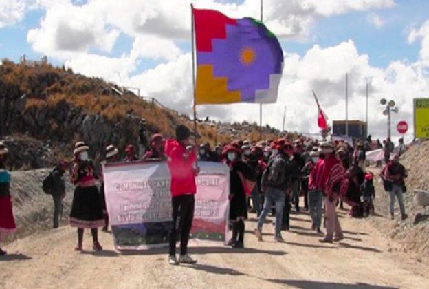 COMUNIDAD DE HUANCUIRE PROTESTA CONTRA MMG LAS BAMBAS
