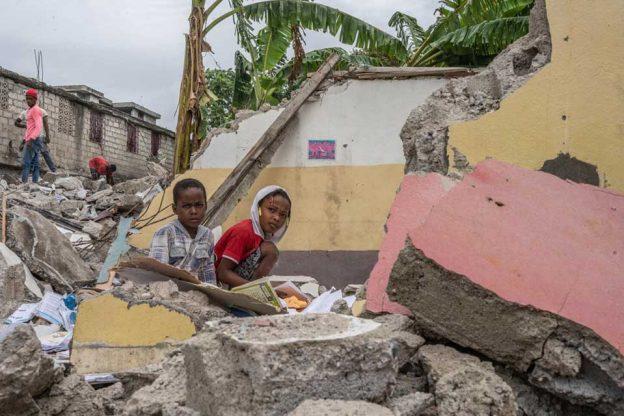 UN MES DESPUÉS DEL TERREMOTO DE HAITÍ : 260.000 NIÑOS , NIÑAS Y ADOLESCENTES SIGUEN NECESITANDO AYUDA HUMANITARIA - UNICEF