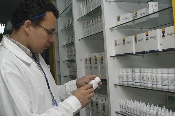 INDUSTRIA FARMACÉUTICA INVOCA A AUTORIDADES DEL SALUD PRONUNCIARSE SOBRE OBLIGACIÓN DE VENDER MEDICAMENTOS POR UNIDAD
