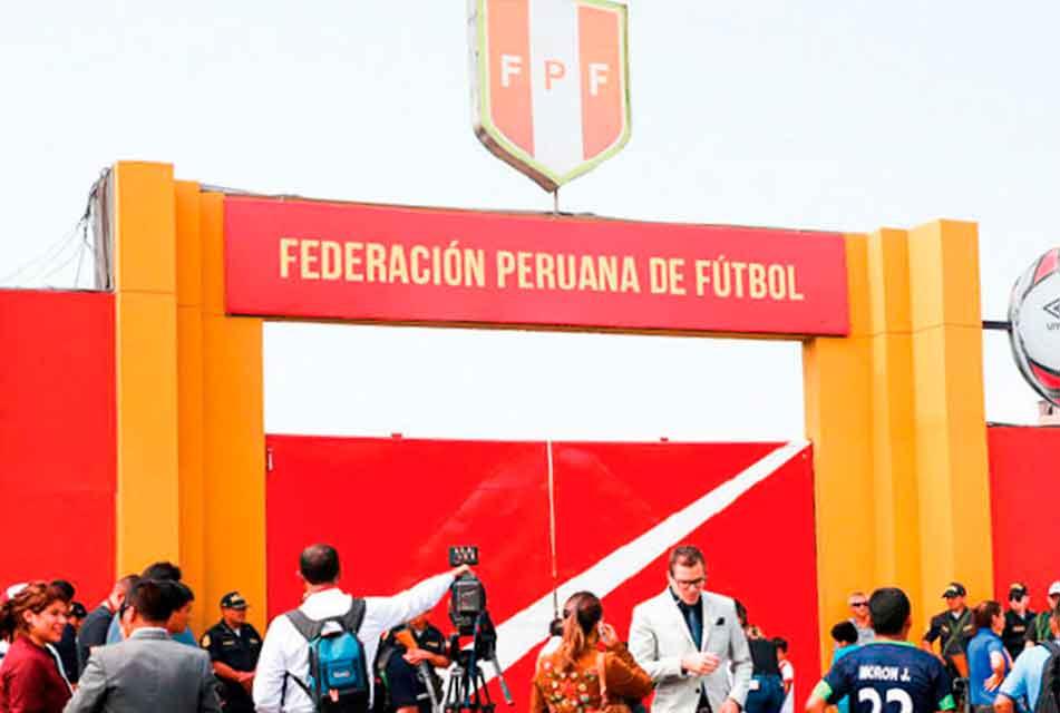 CLUBES PERUANOS IRÁN AL TAS PARA IMPUGNAR LA APROBACIÓN DE LOS NUEVOS ESTATUTOS DE LA FPF